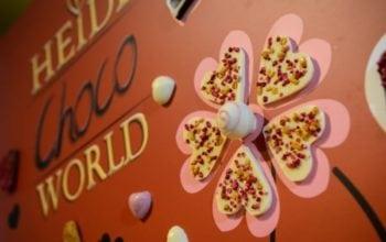 Heidi promoveaza declaratiile de dragoste dulci