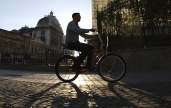 Biciclete in culori urbane
