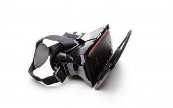 Realitatea virtuala vazuta prin ochelari romanesti