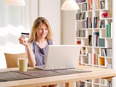 Atentie la platile online