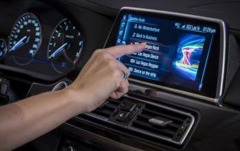BMW investeste in Zendrive