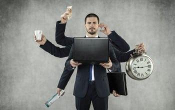 Cand ati lucrat ultima oara la un raport inutil?