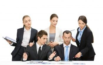 Lectii pentru tinerii manageri de la MSM Romania