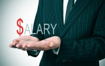 Salariul mediu brut a scazut cu 0,5%