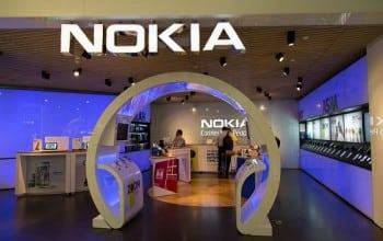 Tranzactia anului: Nokia preia Alcatel-Lucent pentru 15,6 miliarde de euro