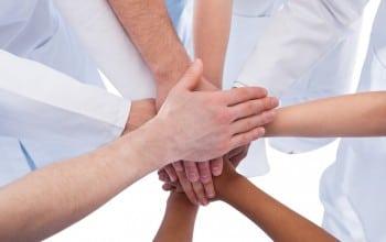 Cursuri de etica si management pentru medicii tineri