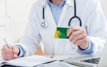 35.000 de medici au apelat la BT