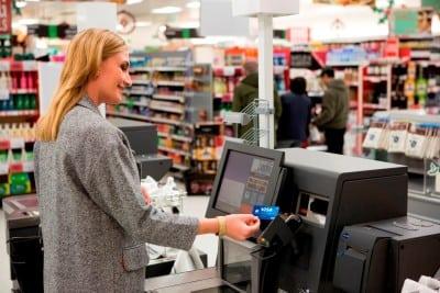 Peste 1 miliard de plati contactless cu carduri Visa, in ultimul an