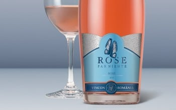 Rose Far Niente, in doua arome