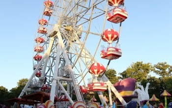 Parcul de distractii cu cea mai inalta roata din Bucuresti
