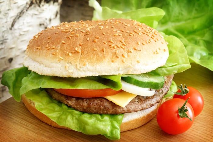 fast food-Tomasz Markowski-Dreamstime