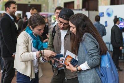 Peste 6.500 de oportunitati de angajare prin Targul de Cariere