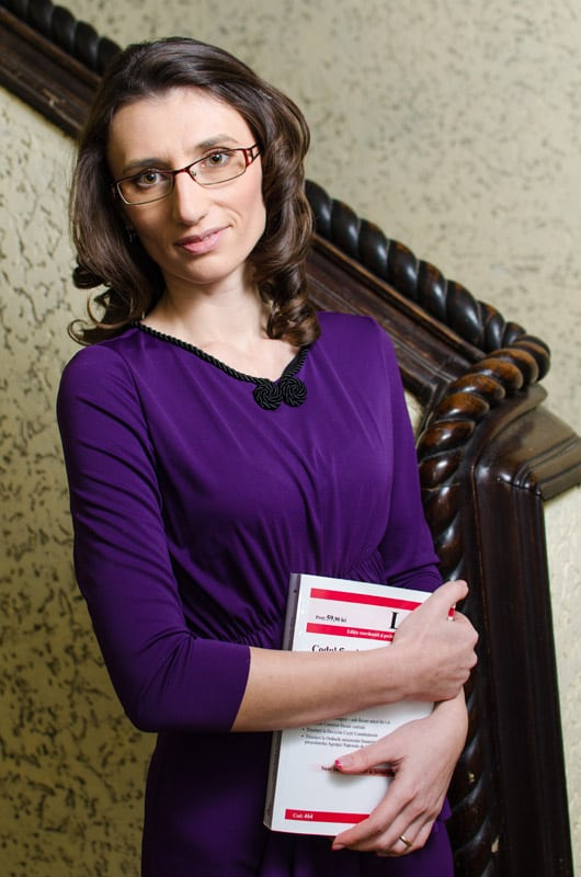 Luisiana Dobrinescu-avocat