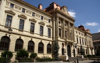 BNR cere presedintelui sa nu promulge Legea privind darea in plata