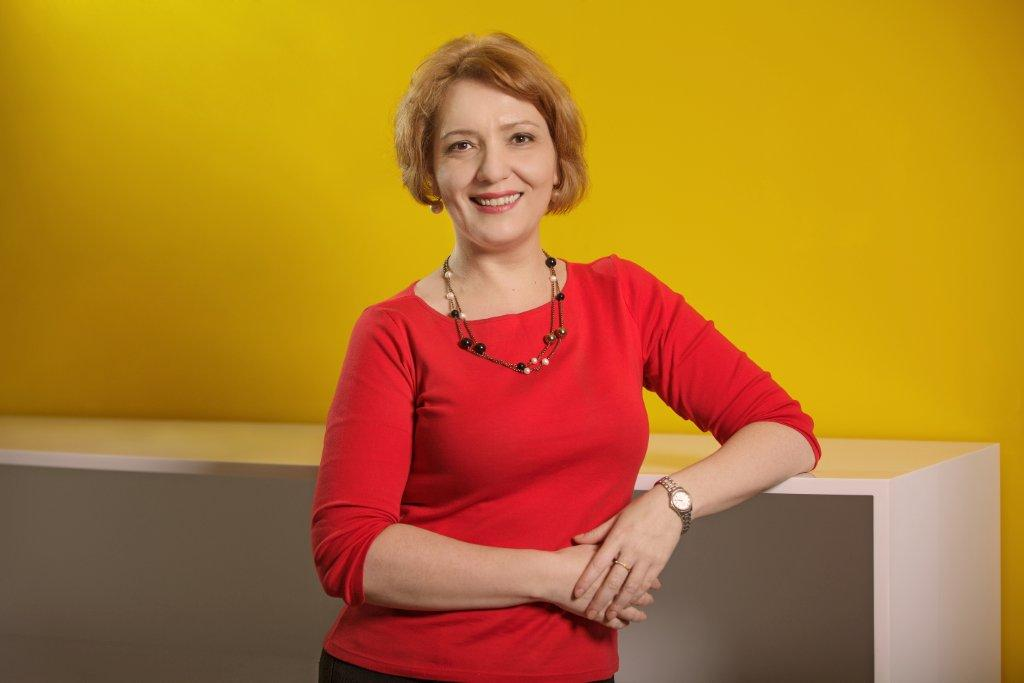 Elena Badea_Marketing Director_EY Romania