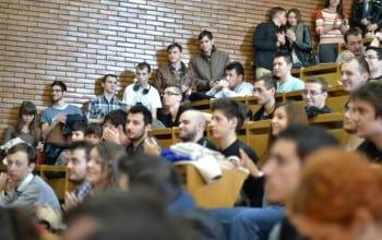 Junio, aliatul studentilor pe piata muncii