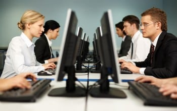 Luxoft Romania angajeaza 100 de specialisti IT
