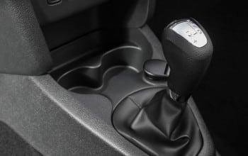 Dacia introduce prima sa cutie de viteze automata