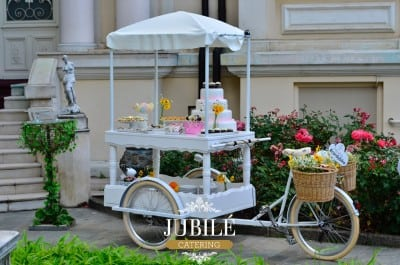 Bicicleta care face hamburgeri, lansata de Jubile Catering