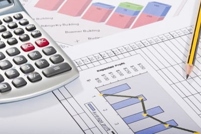 UniCredit: Cresterea economica ar putea incetini la 3,1% anul viitor