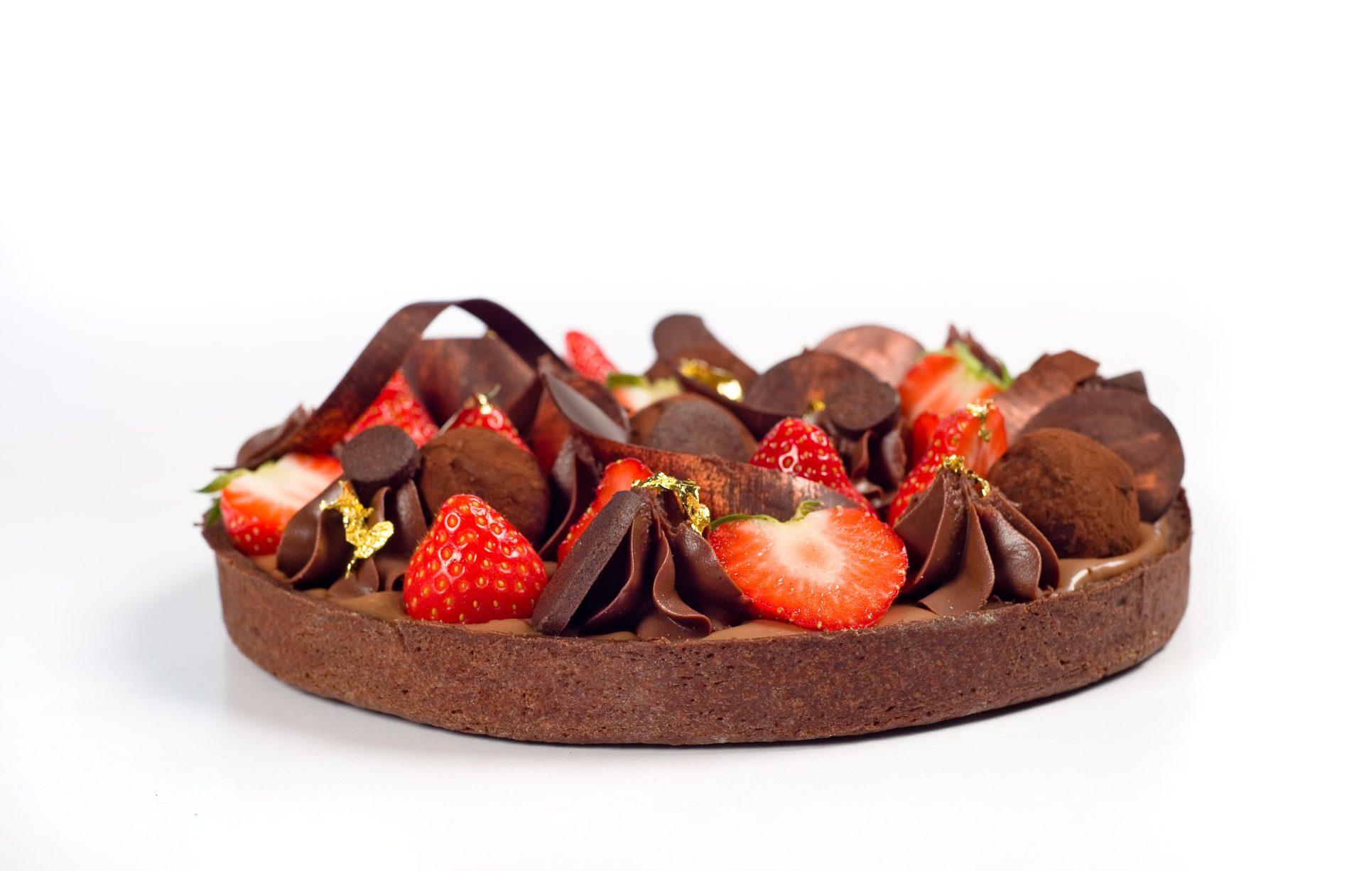 Tartă cu ciocolata si capsuni_Credit Marius Sabău