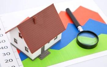 Băncile se asteaptă la o scădere a prețului la locuințe