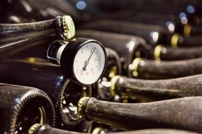 Cât costă producerea unui vin spumant?