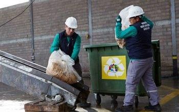 Doar plastic 100% reciclabil pentru ambalajele Unilever până în 2025