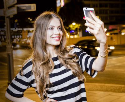 Cât îți ia să faci un selfie bun? (P)