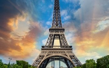 În spatele ușilor închise ale Turnului Eiffel