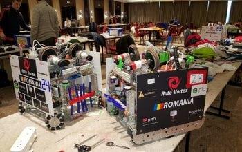 Românii de la AutoVortex, record mondial în competiţiile de robotică