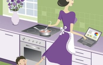 Mămici între job și familie