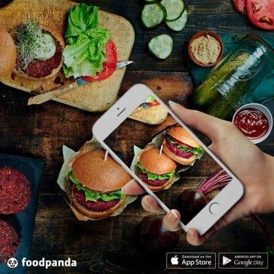 Cum plătesc românii mâncarea comandată online?