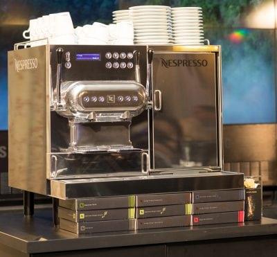 """Nespresso propune un """"barista"""" personal"""