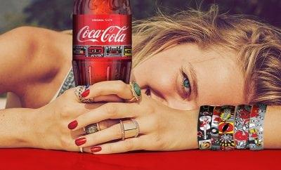 Brățările verii vin de la Coca-Cola