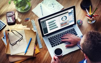 Afaceri în creștere la servicii financiare