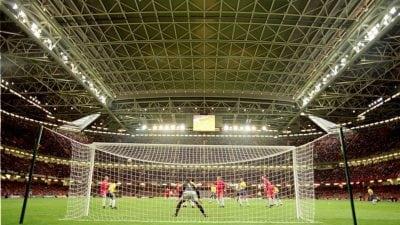 Cum își aleg românii echipa de fotbal favorită?