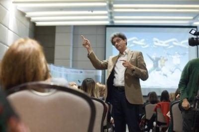 Peste 400 de profesionişti au participat la conferinţa HighFuture Conference