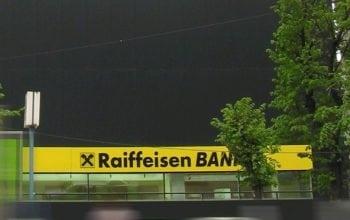 Agenţia de rating Moody's crește ratingurile Raiffeisen