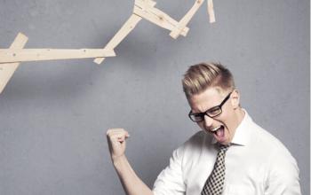 Canon vine în întâmpinarea tinerilor antreprenori