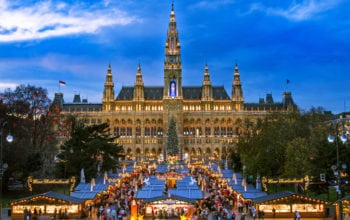Catania, Bologna și Lisabona, destinații preferate de sărbători