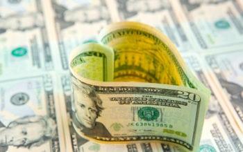 Cuplurile fericite pun banii la comun