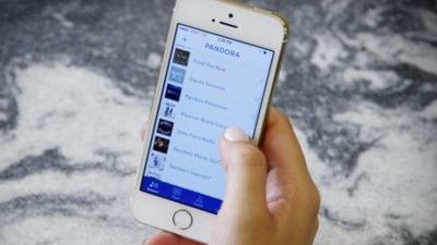 Pandora, powered by programatori români