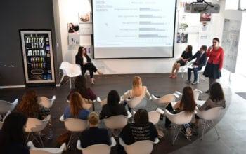 Patru din zece tineri români vor să devină antreprenori
