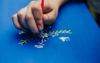 Tinerii învăță meșteșuguri tradiționale la Muzeul Astra