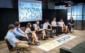 Cinci elevi români reprezintă România în cadrul competiției internaționale F1 in Schools