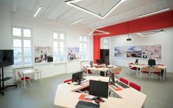 Laboratoare IoT echipate de Honeywell în centre universitare din România