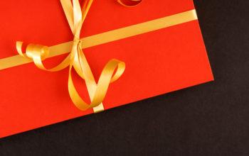 Soție vs iubită. Cine primește cadouri mai scumpe?