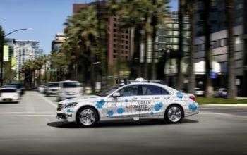 Bosch și Daimler testează conducerea autonomă în 2019