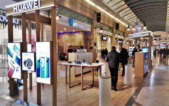 Primul Experience Shop Huawei din România